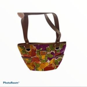 Relic bag with fruit print